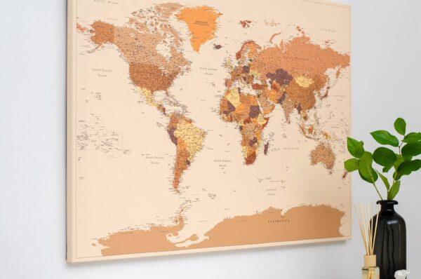Braun-Weltkarte-Wandkunst-mit-Stecknadeln-Tripmap
