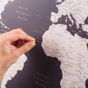 Braune-Weltkarte-Pinnwand-Reisekarte