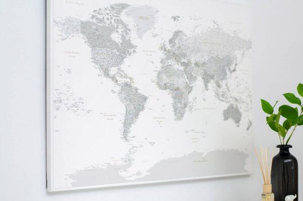 Detaillierte-Karte-auf-Leinwand-grau