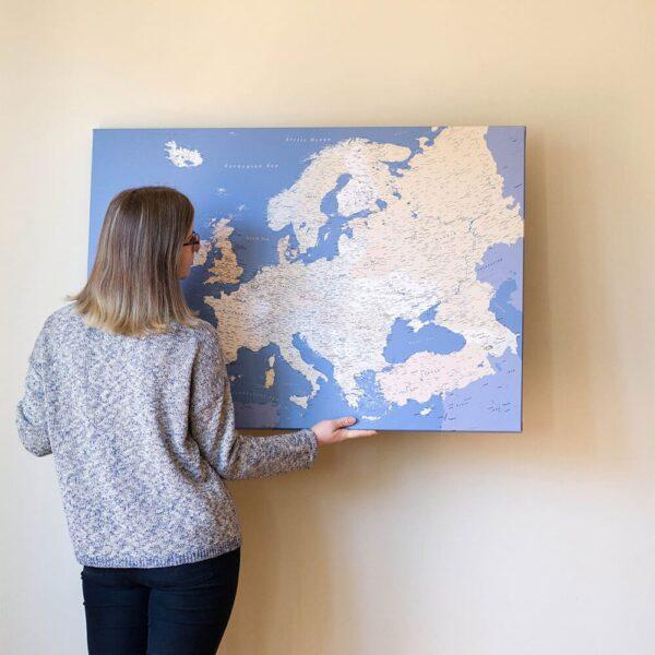 Europa-Pinnwand Karte-Blau-Detailliert