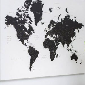 Leinwand-Weltkarte-Pinnwand-Schwarzweiß
