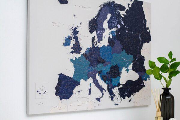 Marineblau-Detailliert-Europa-Pinnwand Karte-
