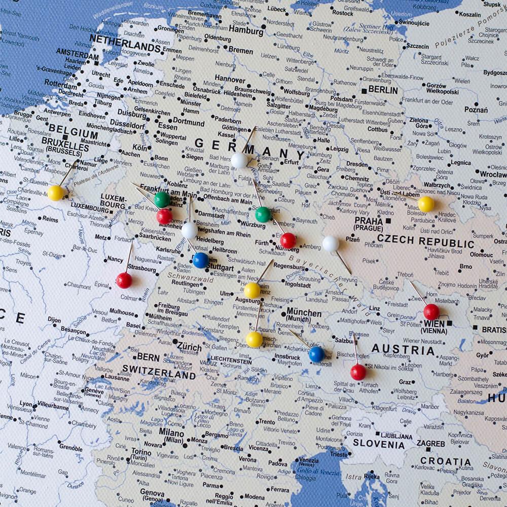 Pinnwand-Europakarte-Blau