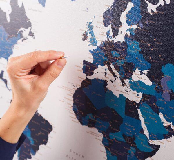 Pinnwand-Weltkarte-MarineBlau