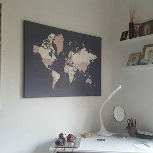 mittel-Pinnwand-Weltkarten-kunst-wand-lila