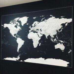schwarz leinwand mit bild