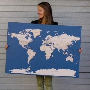 Große-aufgespannte-Leinwandkarte-dunkelblau