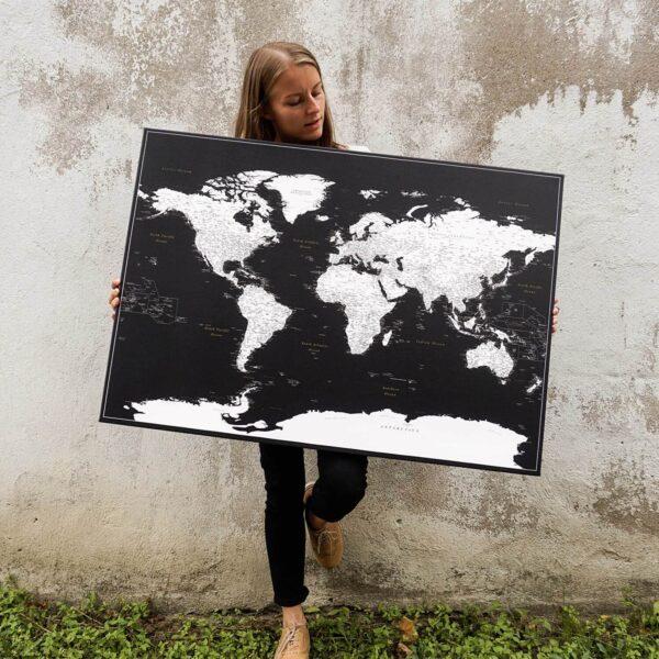 Moderne-schwarze-Pinnwand-Weltkarte