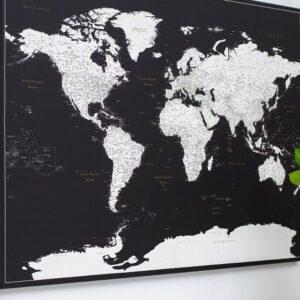 Pinnwand-Weltkarten-schwarz
