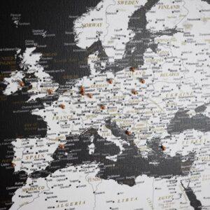 detailliert-Welt- Karte-Pinnwand-Modernes-Schwarz