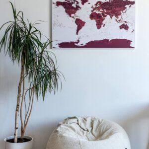 Kunst-wand-welt-karte-burgund-kolorit