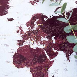 kork-weltkarte-burgund-kolorit-zum-pinnen