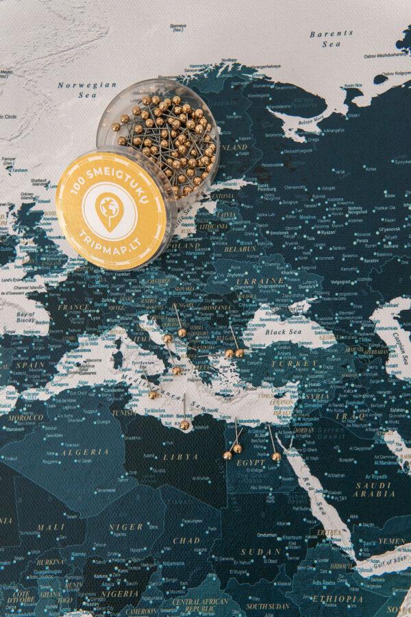 Meerblau-Pinnwand-Weltkarte-mit-pins