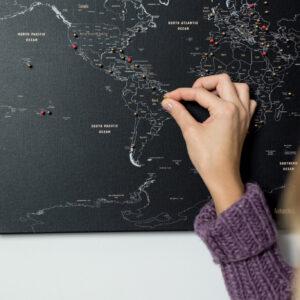 schwarz kork welt karte tripmapworld