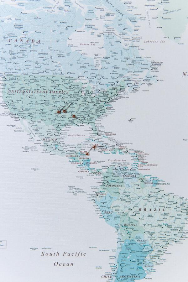 welt-Kunstdruck-auf-Echtholz-Keilrahmen-himmelblau